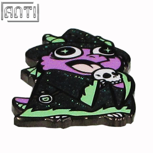 Wholesale refinement Magnificent cool green and purple Halloween black nickel hard enamel lapel pin